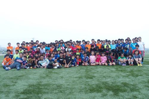 石巻で行われたサッカークリニック