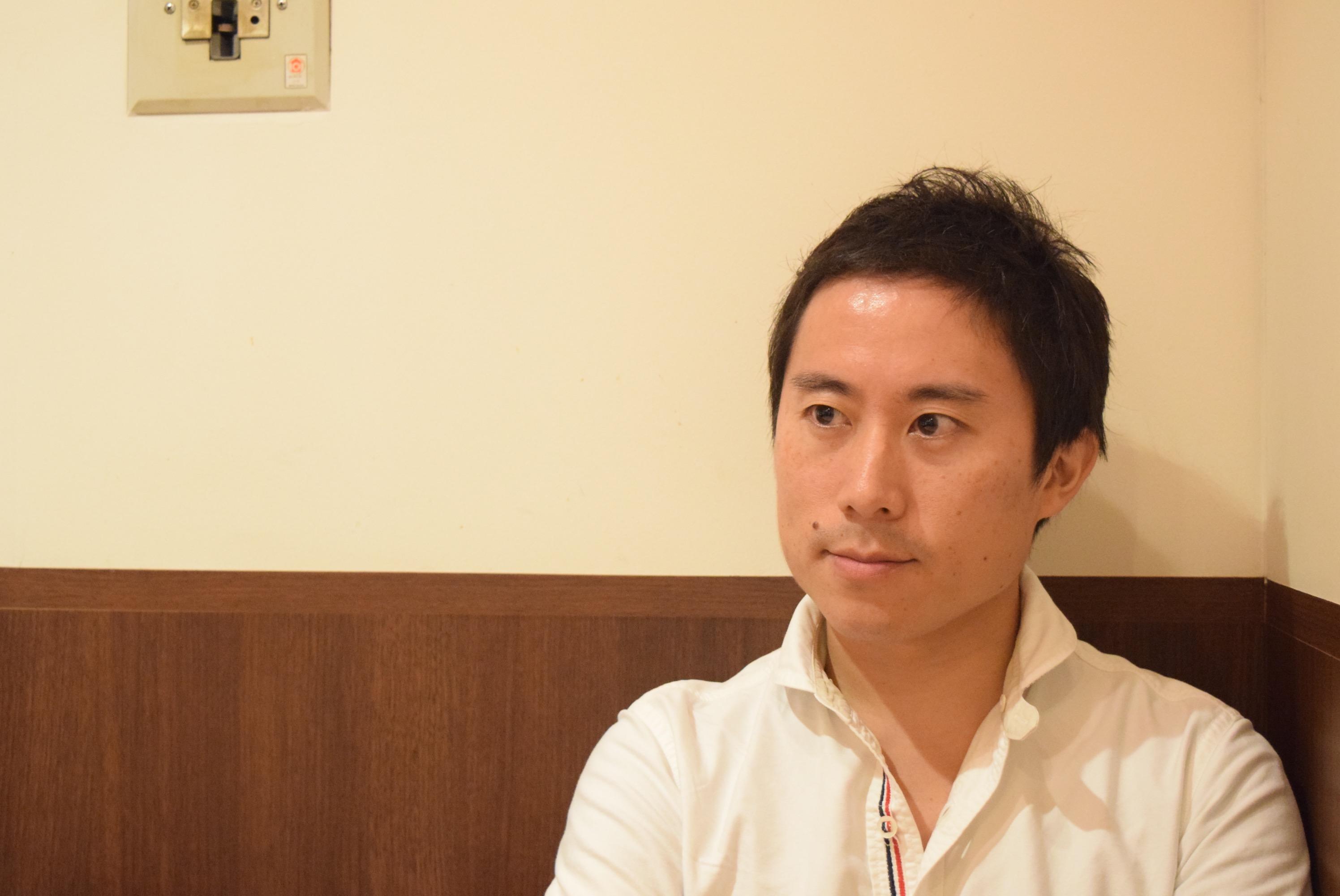 木崎伸也氏